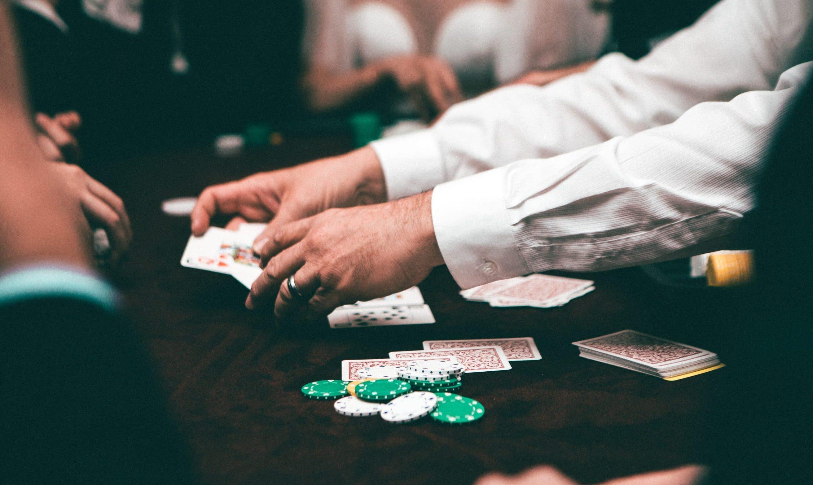 La BET nel poker: quando e perché puntare nel Texas Hold'Em